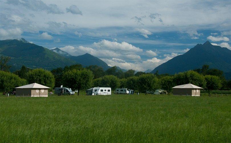 Aire-Naturelle-de-Camping-Bellevue