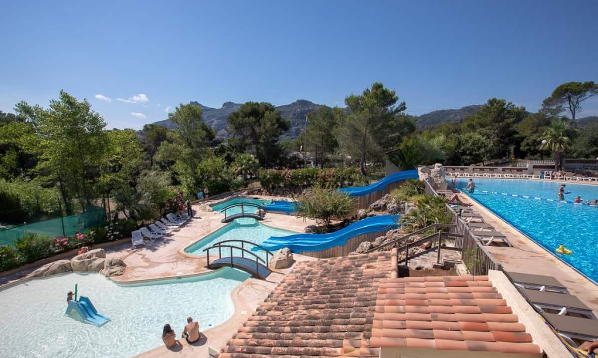 Camping-Domaine-de-la-Noguiere-zwembad