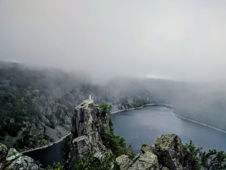 Wandeling Lac Blanc Vogezen hoofd in de wolken 768x576