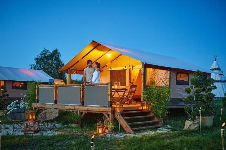 Camping Au P tit Bonheur lodgetent huren 768x511