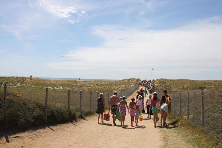 Camping L Océan zandpad naar het strand 768x512
