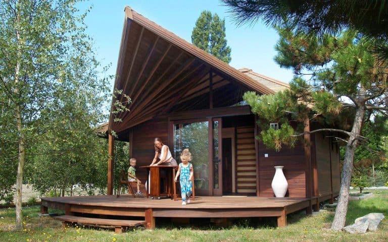 Camping Les Portes Du Beaujolais chalet huren 768x480