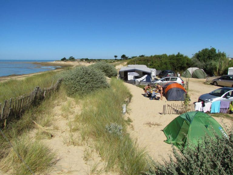 Camping Huttopia Côte Sauvage camping direct aan het strand 768x576