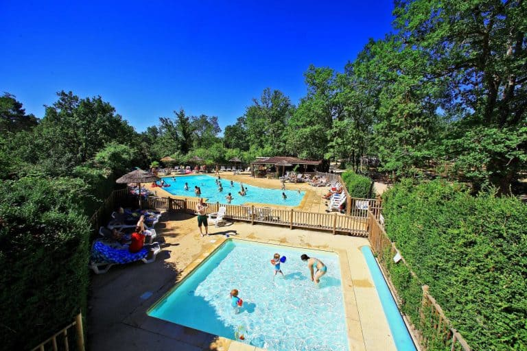 Camping Le Pech Charmant zwembad met kinderbad 768x512