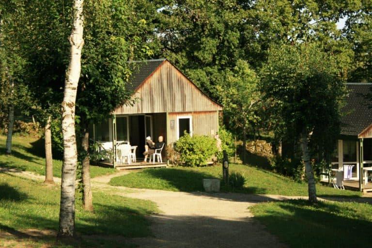 Camping Bellevue Aveyron chalet huren 768x512