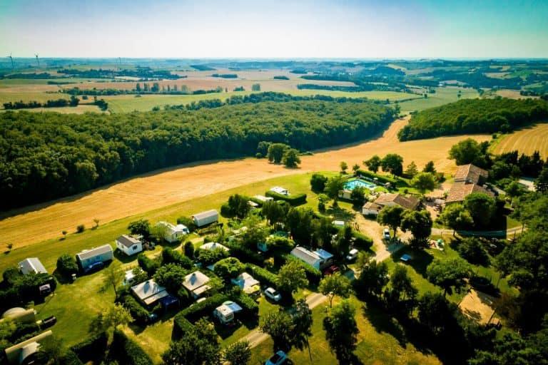 Camping Domaine Saint Laurent in de Aude  768x512