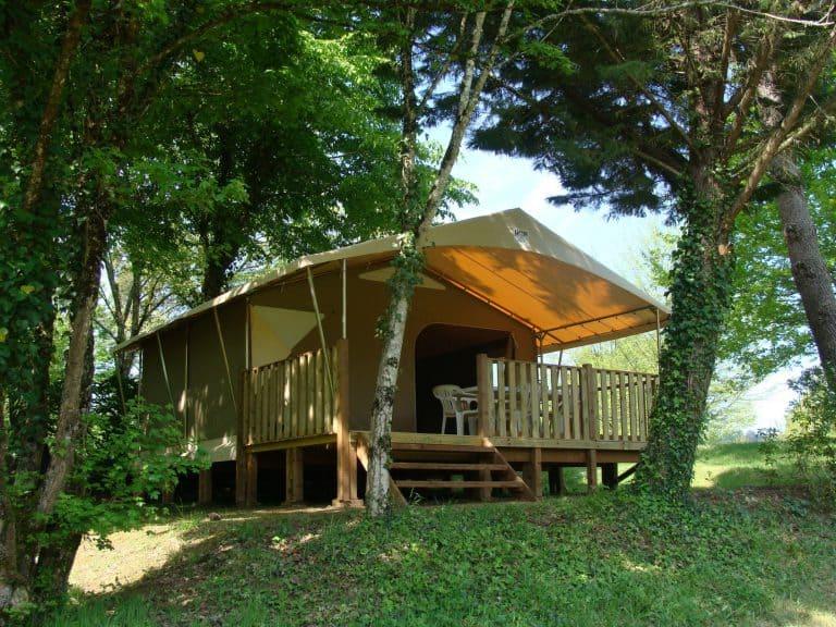 Camping La Grande Veyière Dordogne safaritent huren 768x576