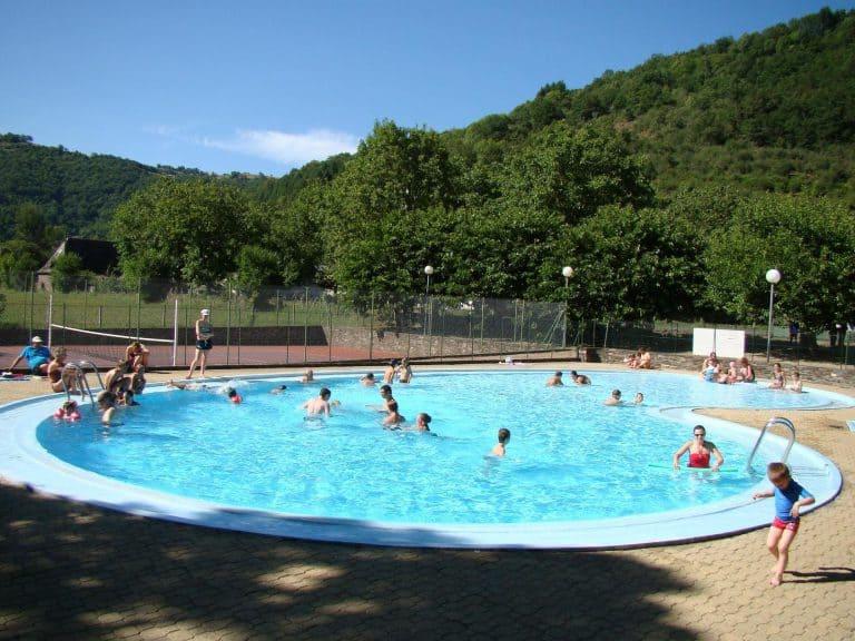 Camping La Rivière Aveyron zwembad 2 768x576