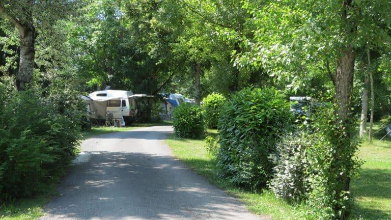 Camping Le Bosquet Dordogne staanplaats 768x432