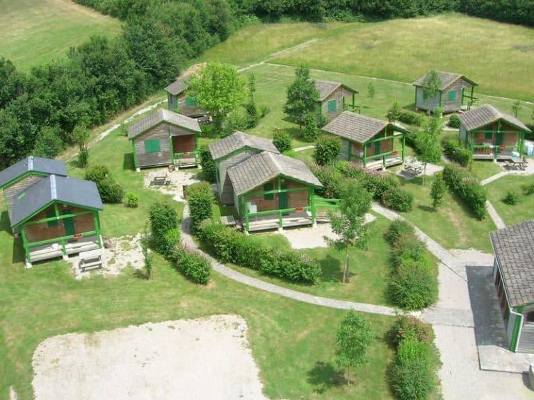 Camping Le Plo Aveyron overzicht 768x576