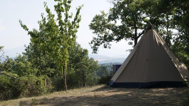 Camping Le Roc Del Rey Ariege staanplaats 768x431