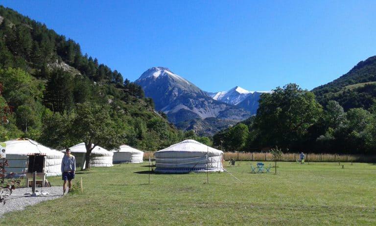 Camping Mandala yurt huren 768x461
