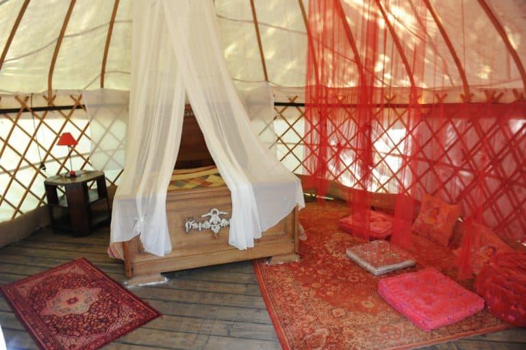 Camping Mille Etoiles Ardeche yurt te huur 768x511