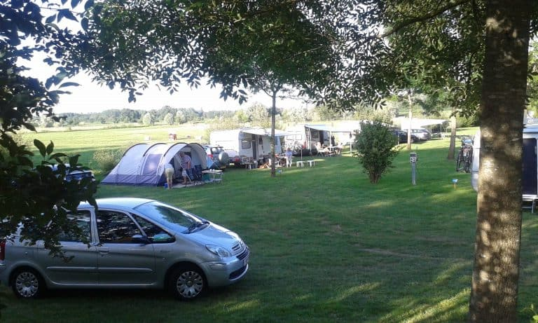 Camping de Tournus doorreiscamping A6 staanplaats 768x461