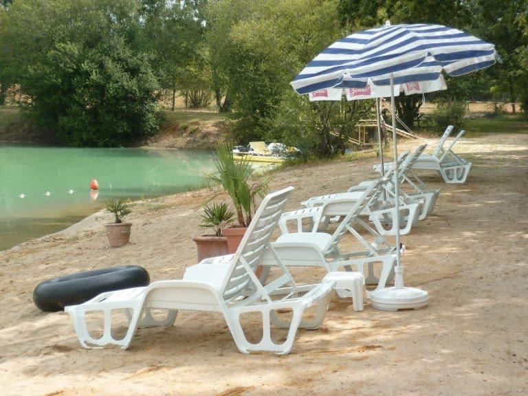 Camping Le Chêne du Lac Gironde strand 768x576