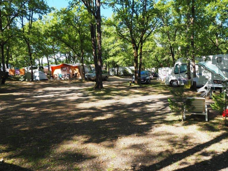Camping Le Picouty staanplaatsen 768x576