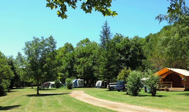 Camping du Ruisseau du Treil staanplaats 768x454