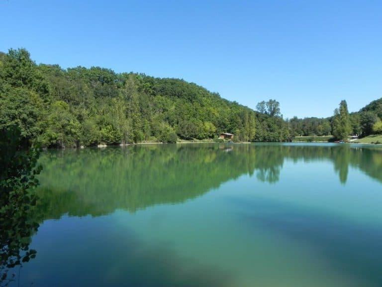 Camping Les 2 Lacs meer 2 768x576