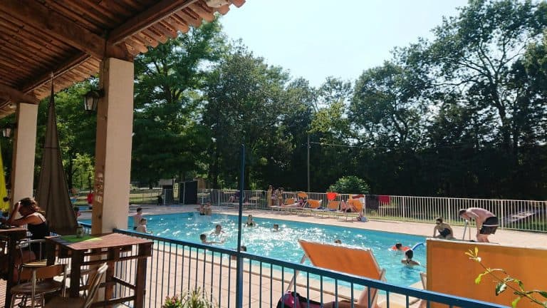 Camping Le Lion Ardeche zwembad 768x432