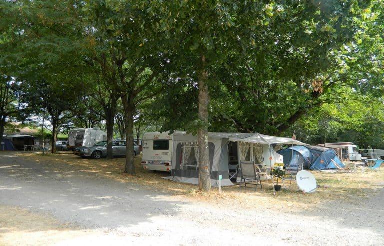 Camping Les Castanhada Ardeche staanplaats 768x492